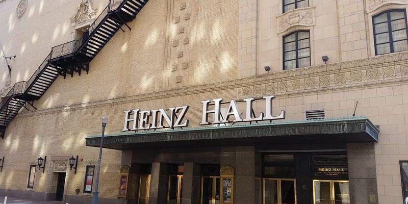 Nu er jeg jo en Hela karryketchup dreng, men i USA og især i Pittsburgh er man rendyrket Heinz. Familien Ketchup kommer herfra og alt er opkaldt efter den gode Heinz 🙂